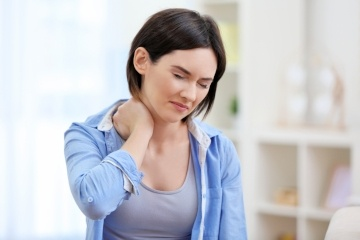 What signs should I be looking out for before heading to a Chiropractor