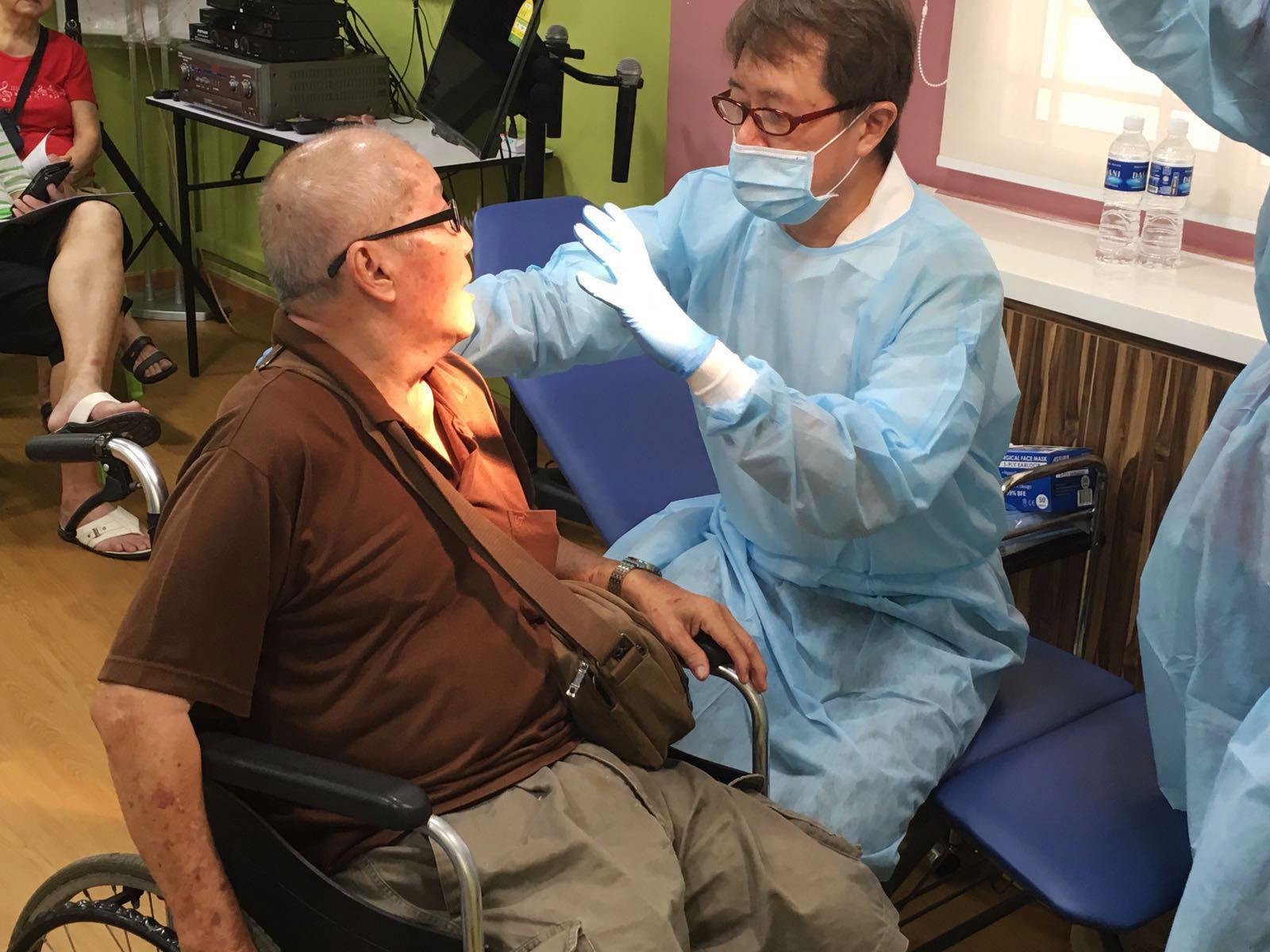 Dental care for the elderly.