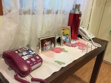 Phones with big buttons make the home dementia-friendly