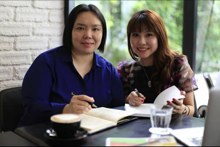 NutriWerkz was founded by two accredited Clinical Dietitians – Michele Wong and Charmaine Toh.