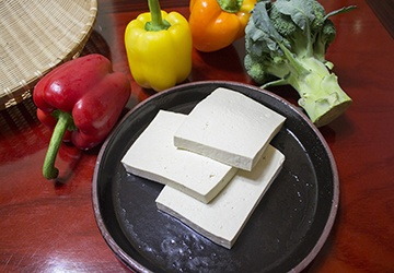 Tofu is a great nutritious replacement for poultry and fish, and a great source of calcium for pregnant moms.