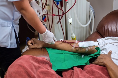 Medical escorts for dialysis can lessen the inconveniences experienced by the accompanied patient