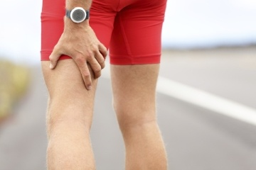 Athletes and runners should be extra wary of their knees making cracking noises, as it could be a sign of a medical condition.