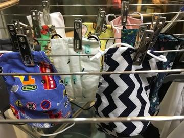hang reusable mask to dry