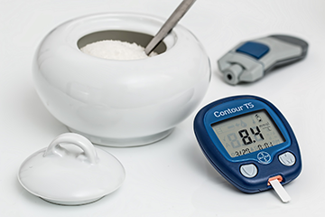 Constantly monitoring your blood sugar levels is important when you're having diabetes while fasting.