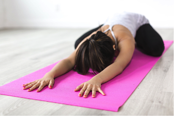 Here are 5 yoga exercises for the busy individuals